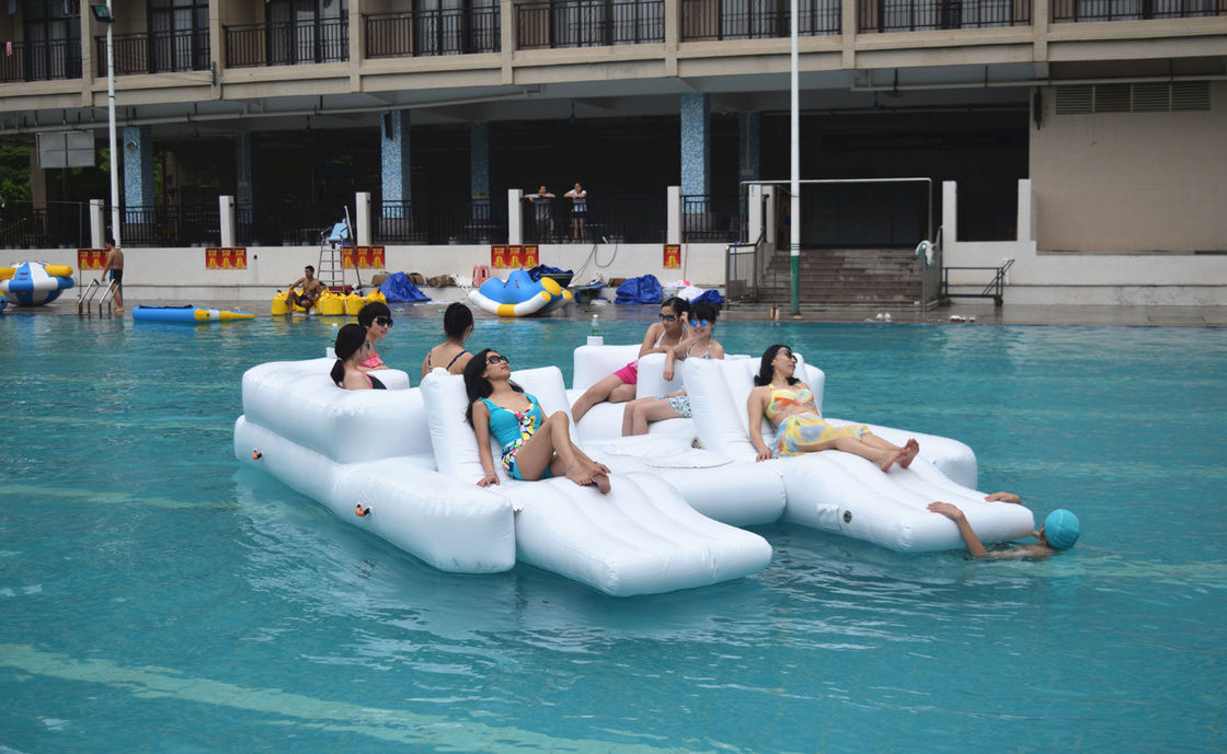 White Color 6 Persons Inflatable Floating Island Lounge For Water Sports